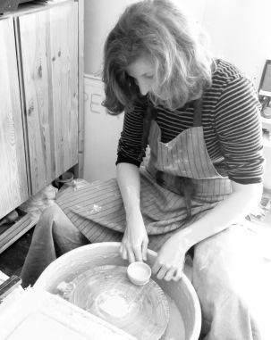 Keramik an der Drehscheibe